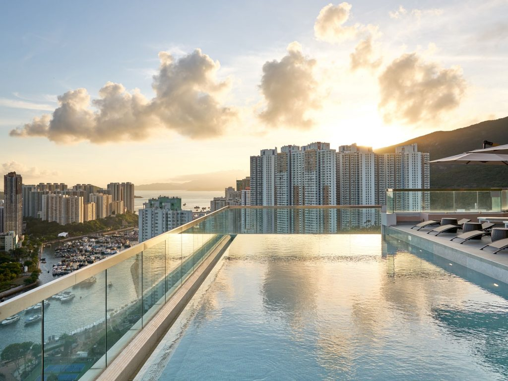 infinity pool hong kong-rooftop-無邊際泳池-天台
